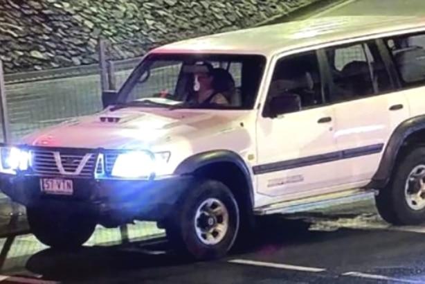 警方在属于昆州失踪妇女艾米-舒尔金的水下汽车内发现人类遗骸,地点在沙石角