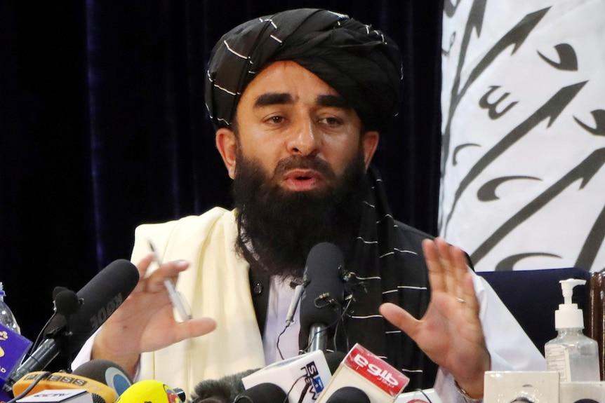 塔利班排除了延长8月31日美国撤军期限的可能性,告诉阿富汗人不要逃离