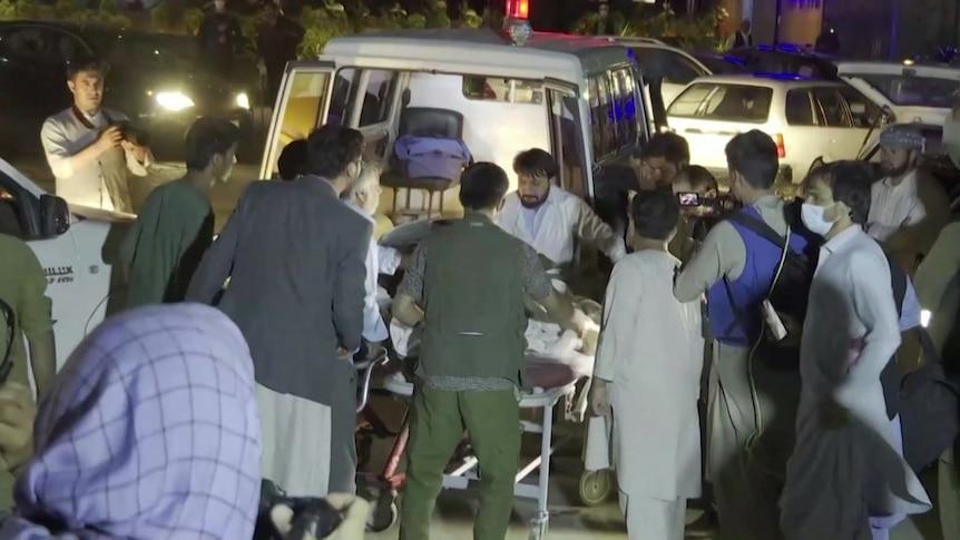以下是我们所了解的喀布尔机场爆炸事件的发展情况