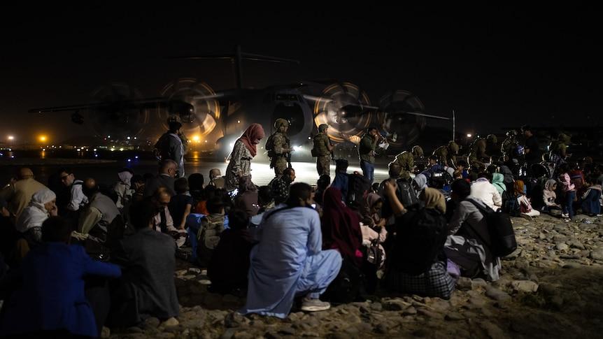 驻阿富汗的澳大利亚人从郊区被拉到喀布尔机场的大胆行动