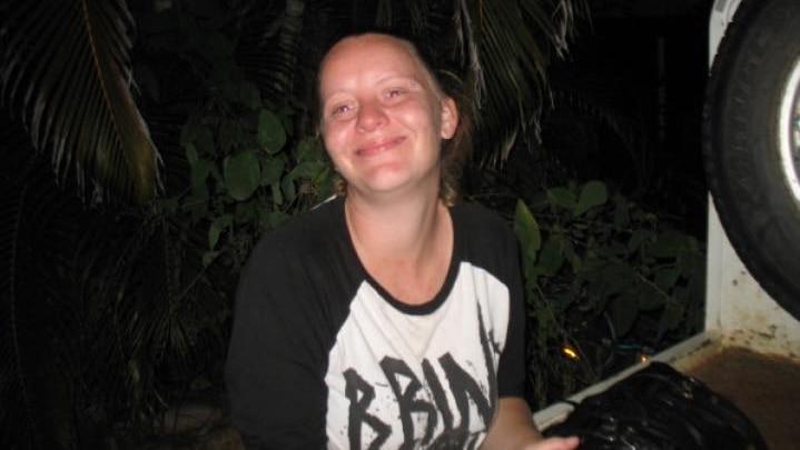 警方在寻找失踪母亲雷内-拉蒂莫尔的过程中,在库马拉房产找到了尸体