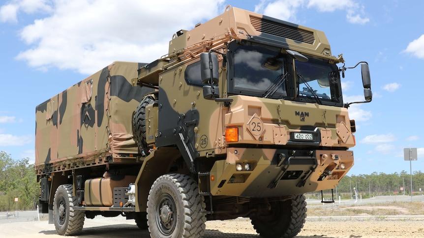两名国防军人员在汤斯维尔附近的卡车翻车事故中丧生
