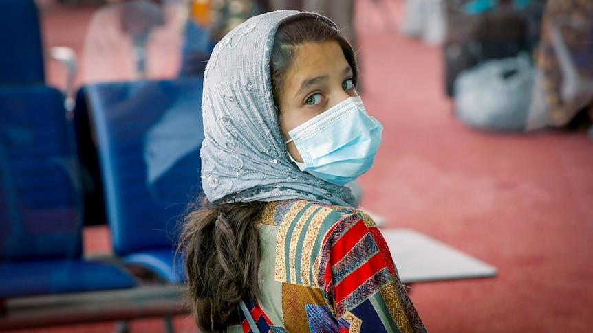 最后一架美国飞机已经离开了喀布尔,那么现在阿富汗人民怎么办?