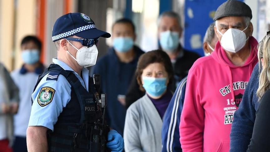 尽管疫苗接种率激增,悉尼可能遭受澳大利亚最长的封锁