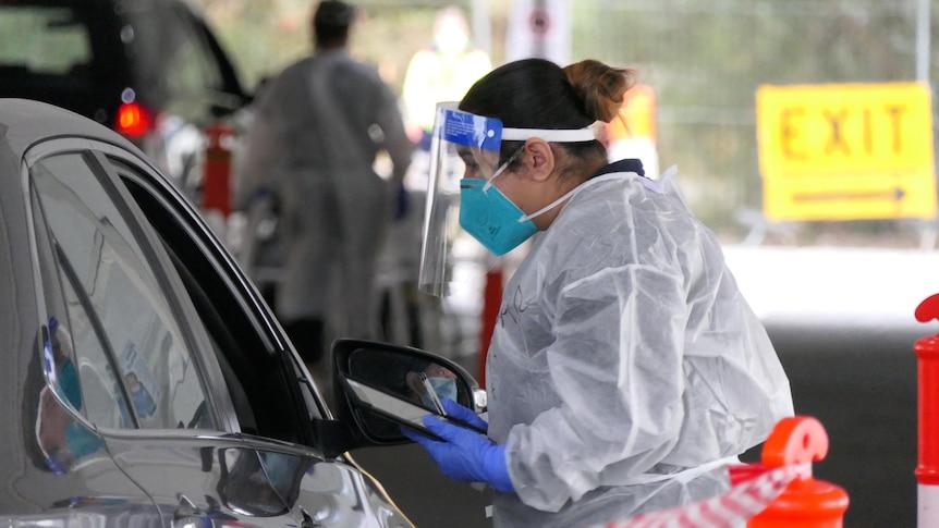 维多利亚州录得392例新的本地COVID-19病例,对区域传播表示担忧