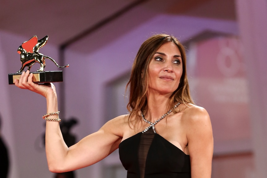 法国堕胎剧《发生》在威尼斯电影节上名列前茅以下是所有其他的大赢家