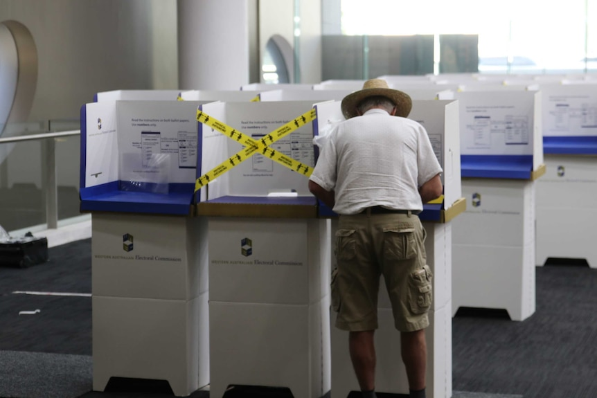 马克-麦高恩宣布对西澳州的选举制度进行全面改革,废除地区
