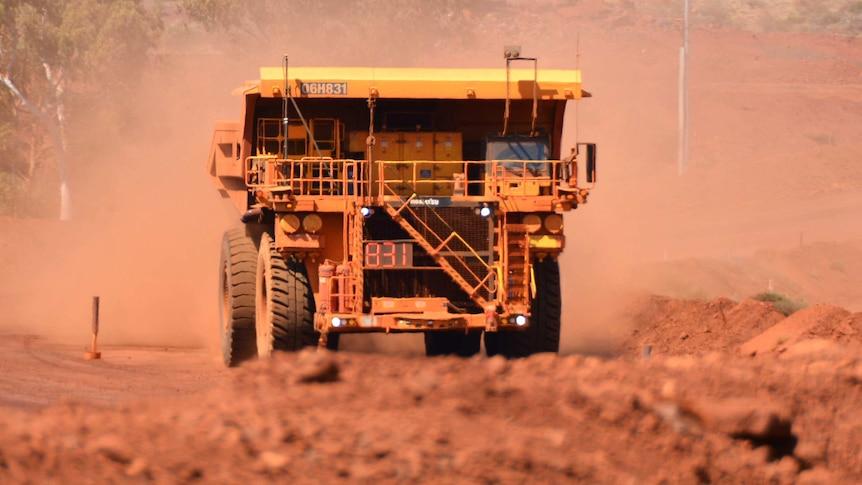 性骚扰调查告知女矿工被指在力拓、FMG提出性要求