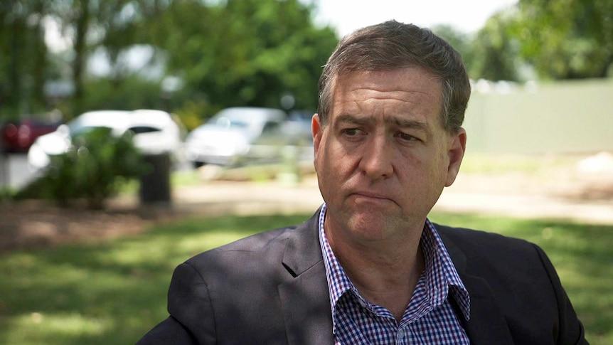 新南威尔士州的护理人员说他在将COVID疫苗之争告上法庭后被停职了