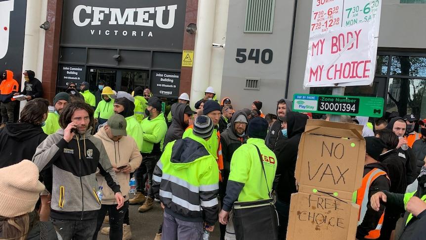 在CFMEU办公室发生冲突后,维多利亚州政府预计将关闭建筑行业